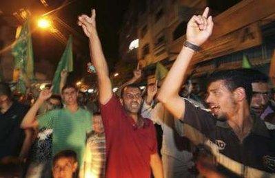 Hebron-attack-celebrate4