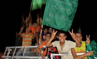 Hebron-attack-celebrate5